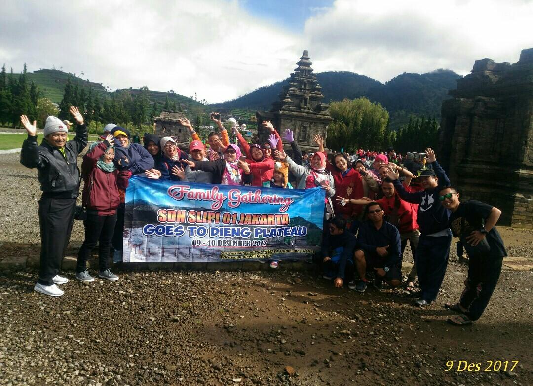 Putra Wijaya Tours And Travel Biro Perjalanan Wisata Mice Paket Dieng 2 Hari 1 Malam Jogja Sikunir